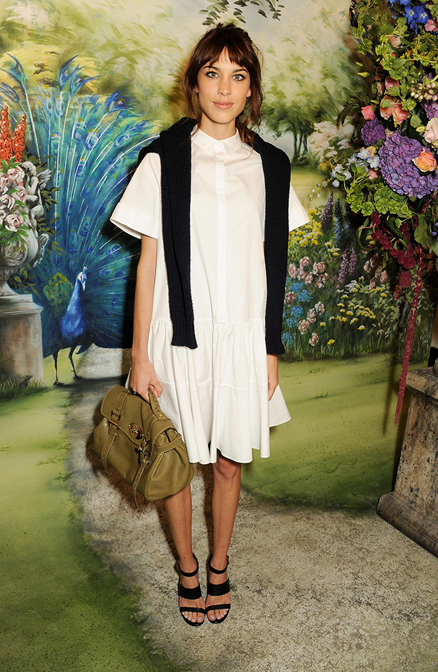 girl-her-bag-Alexa-attended-Mulberry-Spring-2014-show