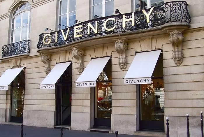 givenchy-showcase