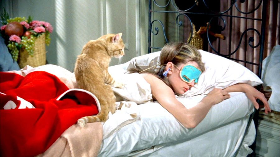 large_breakfast_at_tiffanys_blu