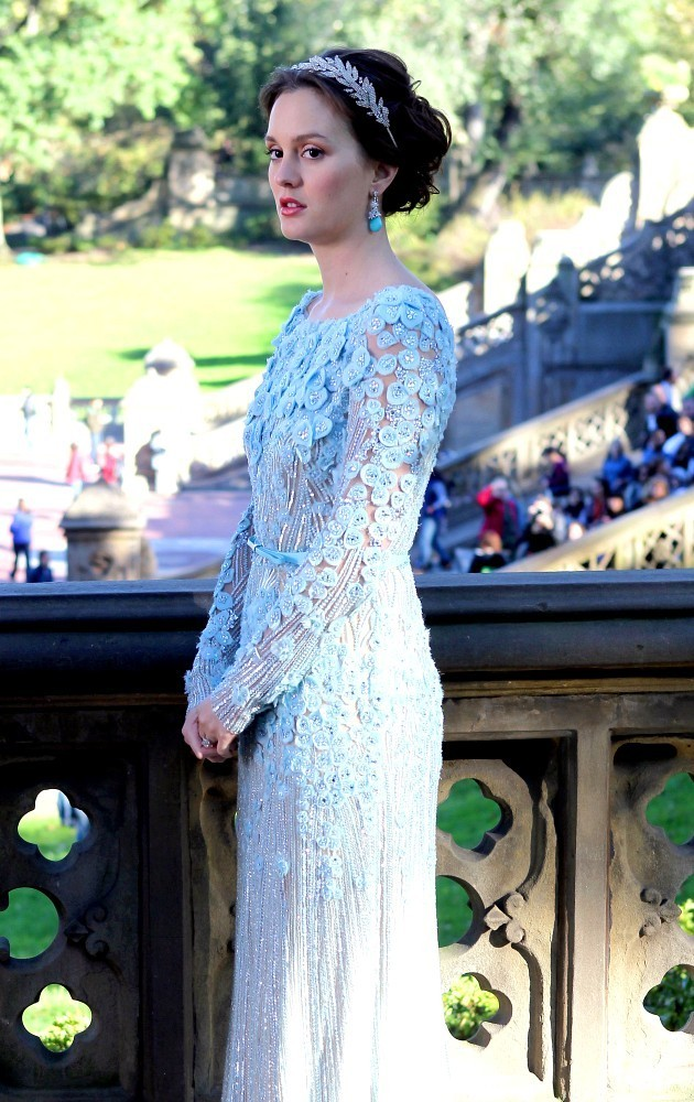 blair-waldorf-wedding-dress-season-6_2