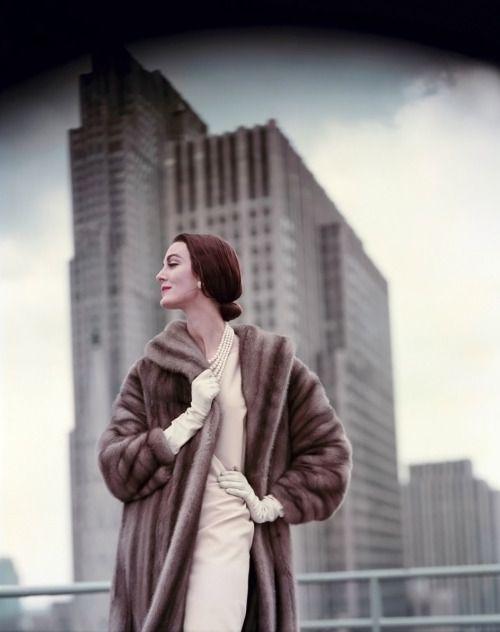 Carmen Dell'Orefice photographed by F.C.Gundlach, 1958