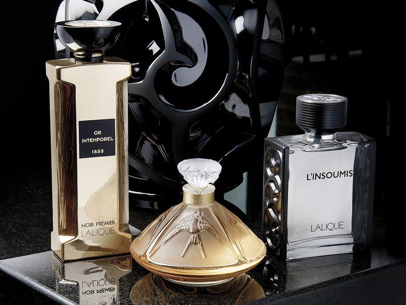 1200x900-Perfumes