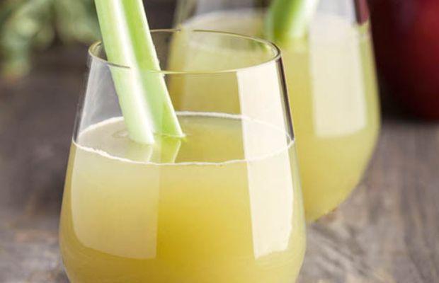 Авторские рецепты от «Короны»: огуречно-яблочный лимонад с сельдереем